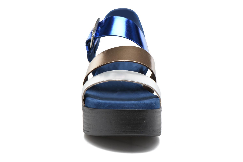 Sandales et nu-pieds Elizabeth Stuart Tabriz 382-3 Bleu vue portées chaussures