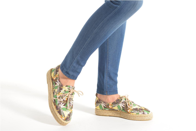 Chaussures à lacets Tamaris Glorira Vert vue bas / vue portée sac