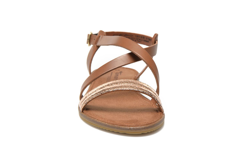 Sandales et nu-pieds Tamaris Lucinda Marron vue portées chaussures
