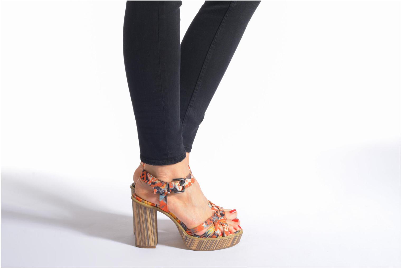 Sandales et nu-pieds Tamaris Atraba Noir vue bas / vue portée sac