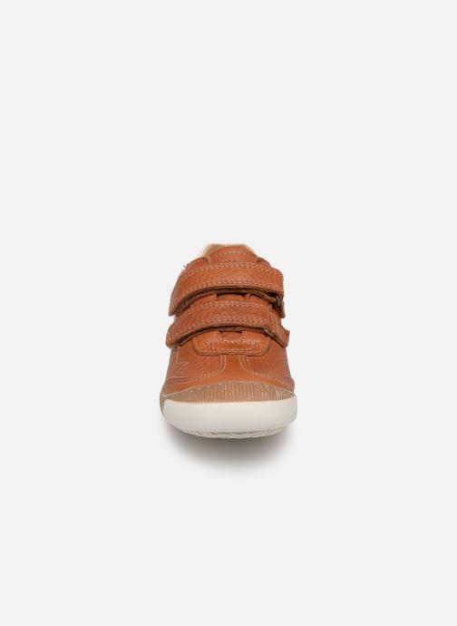 Sneakers Bisgaard Didrik Marrone modello indossato