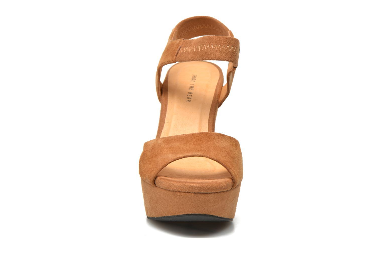 Sandales et nu-pieds Shoe the bear Sandy Marron vue portées chaussures