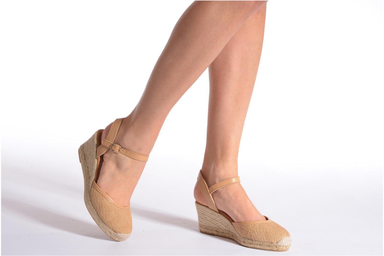 Sandales et nu-pieds Maypol Lolita Marron vue bas / vue portée sac