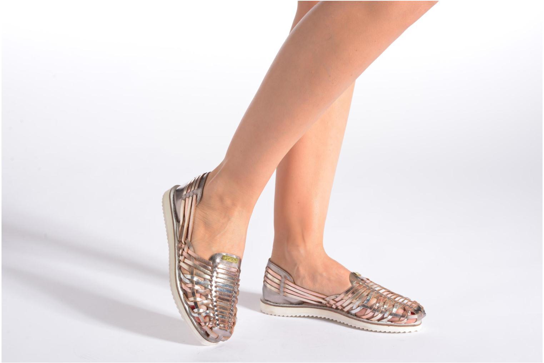 Sandales et nu-pieds Les Tropéziennes par M Belarbi Mardi Or et bronze vue bas / vue portée sac