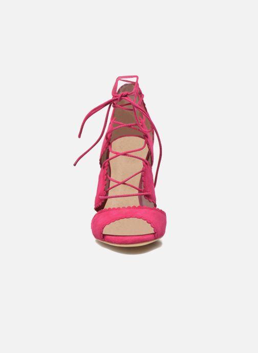 Sandali e scarpe aperte L.K. Bennett Jerry Rosa modello indossato