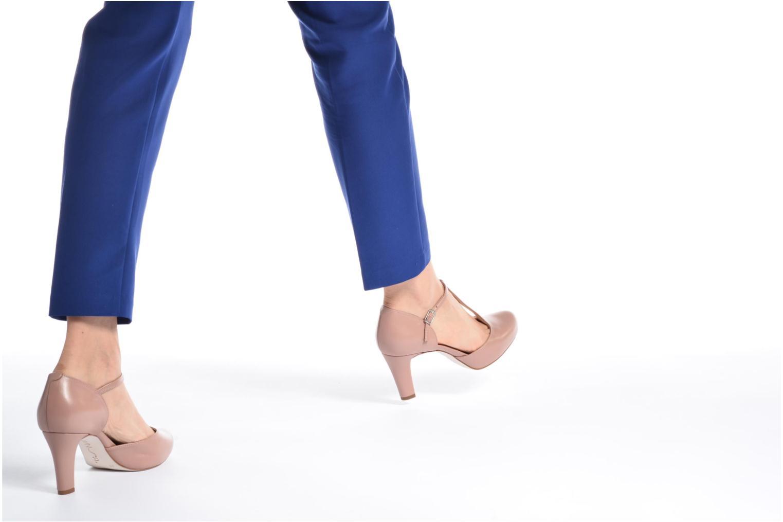 High heels Unisa Netan Pink view from underneath / model view