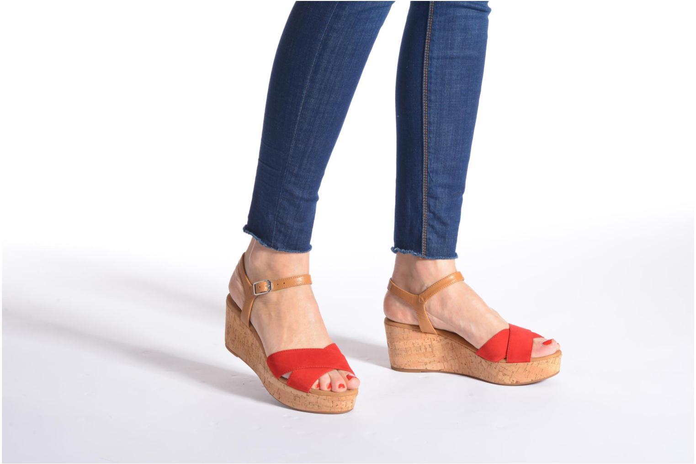 Sandales et nu-pieds Unisa Kiber Rouge vue bas / vue portée sac
