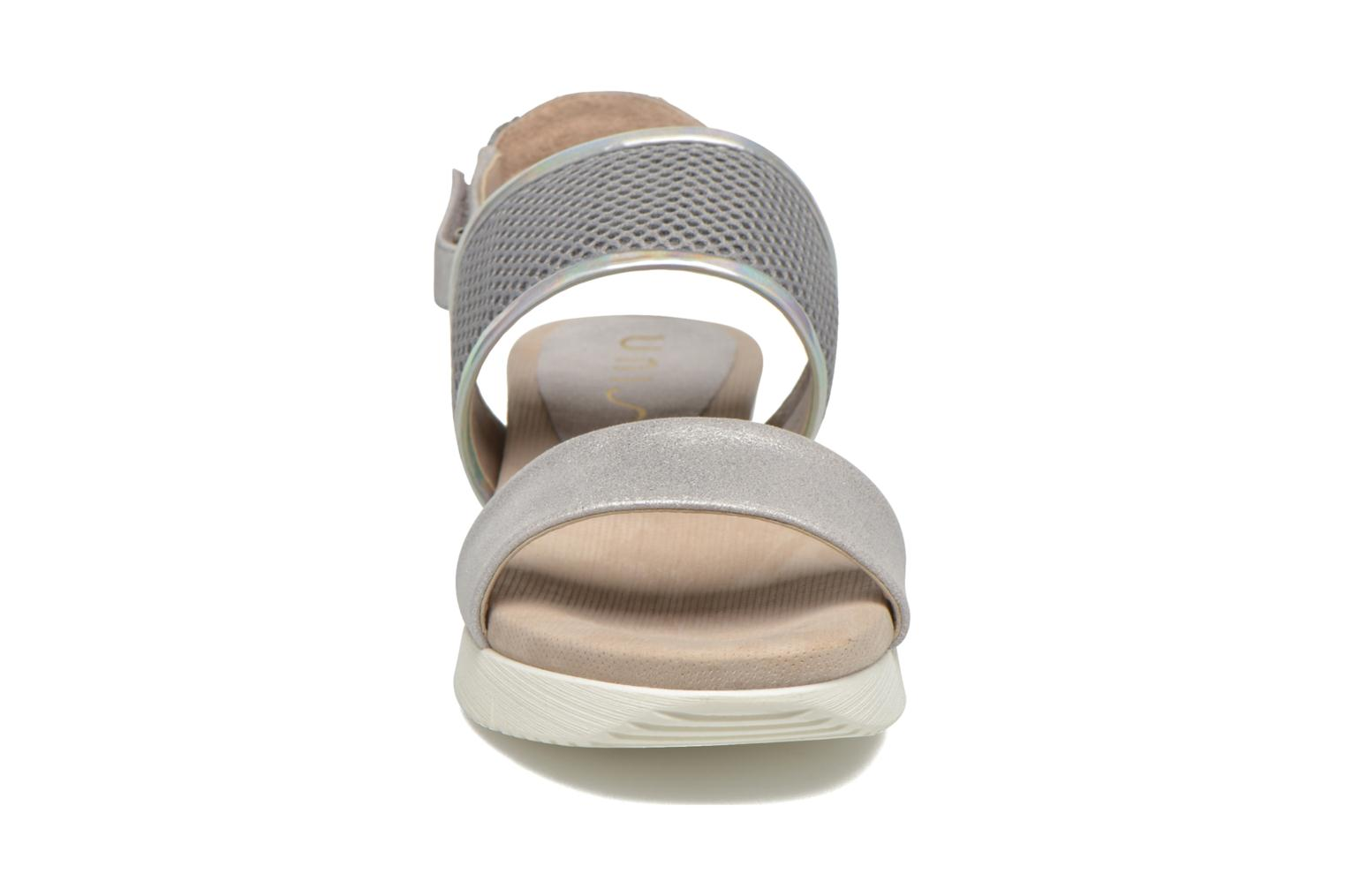 Sandali e scarpe aperte Unisa Barce Argento modello indossato