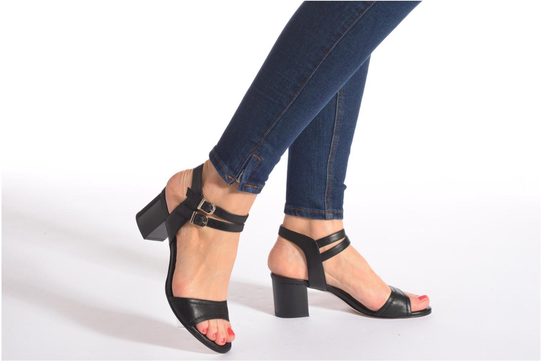 Sandales et nu-pieds Unisa Osen Noir vue bas / vue portée sac