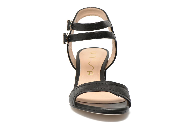 Sandales et nu-pieds Unisa Osen Noir vue portées chaussures