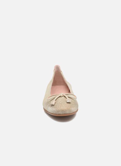 Ballerines Unisa Dino Or et bronze vue portées chaussures