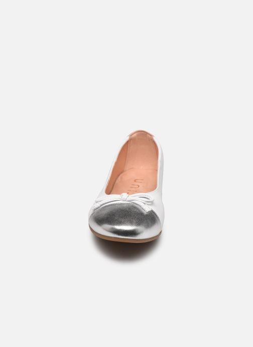 Ballerines Unisa Dino Blanc vue portées chaussures