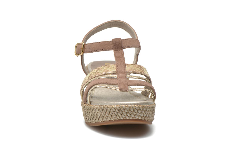 Sandaler Unisa Tolito Brun se skoene på