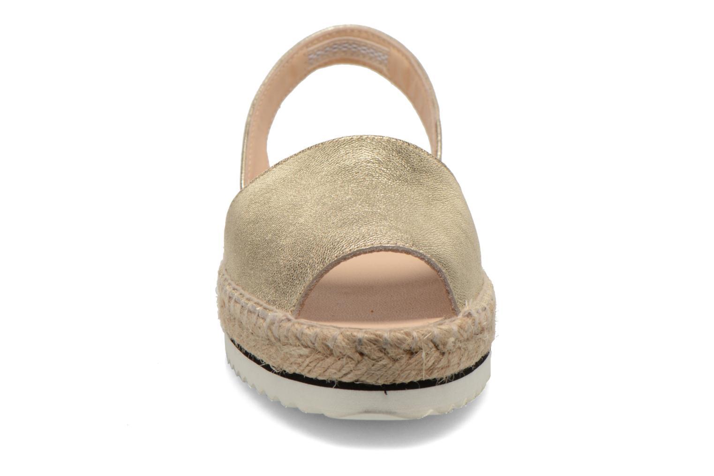 Sandali e scarpe aperte Anaki Tequila Oro e bronzo modello indossato