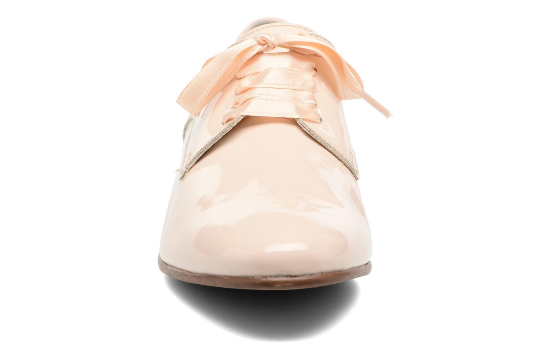 Chaussures à lacets Georgia Rose Alilikou Beige vue portées chaussures