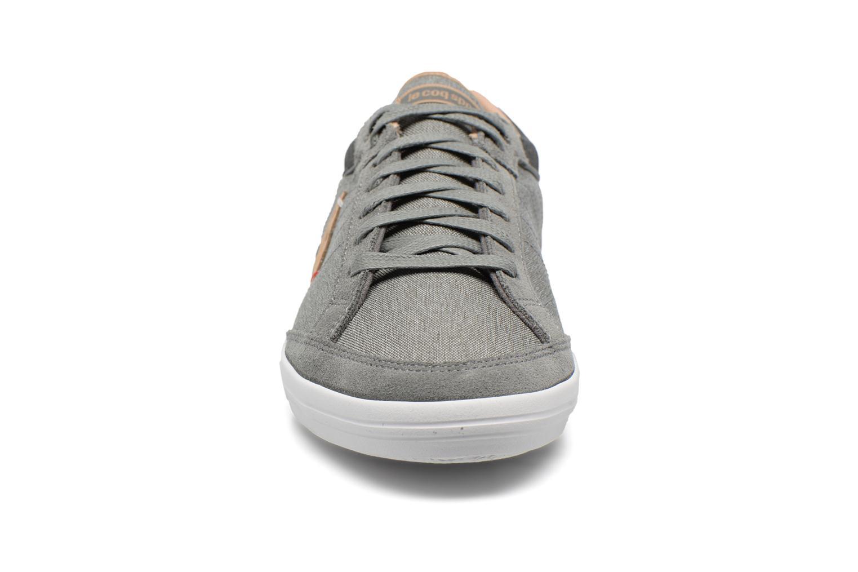 Sneakers Le Coq Sportif Feretcraft 2 Tones Grigio modello indossato
