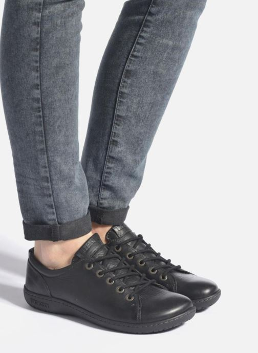 Chaussures à lacets Birkenstock Islay W Noir vue bas / vue portée sac