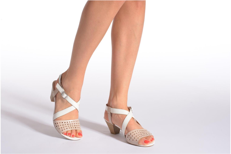 Sandales et nu-pieds Caprice Talia Beige vue bas / vue portée sac