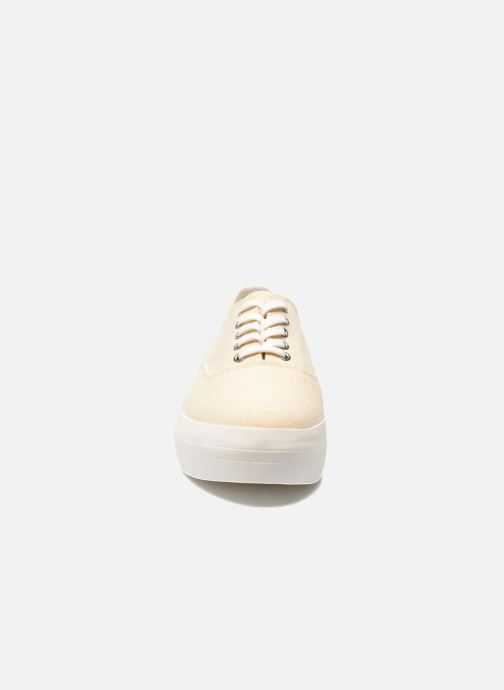 Sneakers Vagabond Shoemakers Keira 4144-180 Beige modello indossato