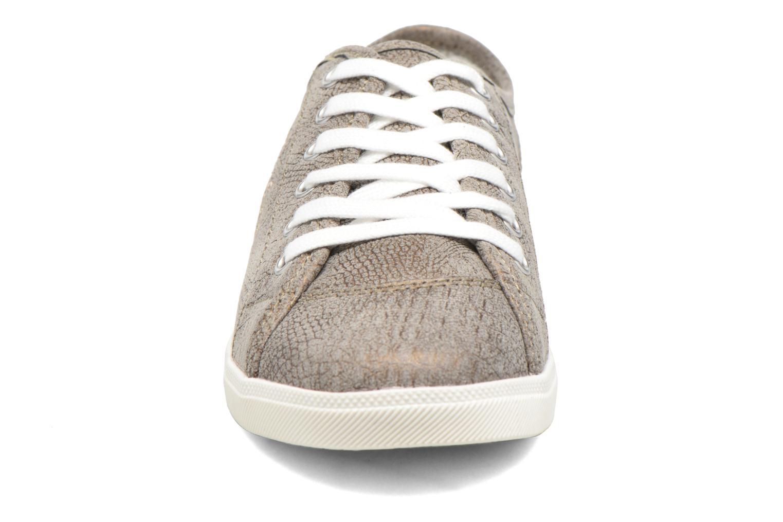 Baskets Dockers Soli Gris vue portées chaussures