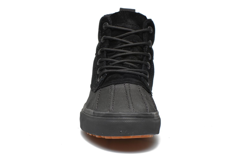 Baskets Vans SK8-Hi Del Pato MTE Noir vue portées chaussures