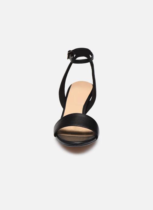 Sandales et nu-pieds Clarks Amali Jewel Noir vue portées chaussures