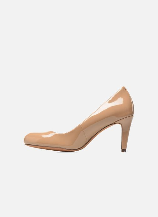 Zapatos de tacón Clarks Carlita Cove Beige vista de frente