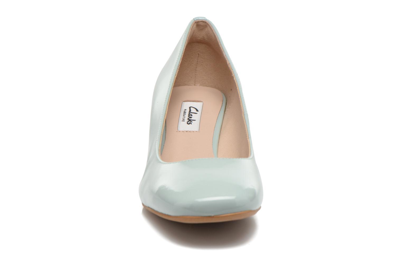 Escarpins Clarks Chinaberry Gem Bleu vue portées chaussures