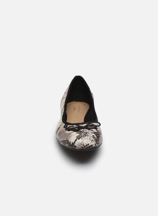 Ballerinas Clarks Couture Bloom grau schuhe getragen