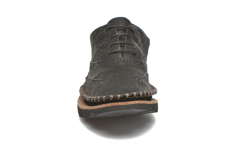 Chaussures à lacets Clarks Damara Rose Noir vue portées chaussures