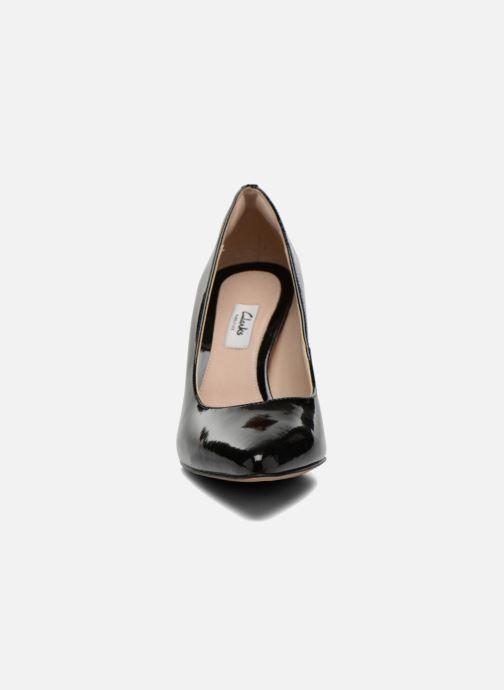 Escarpins Clarks Dinah Keer Noir vue portées chaussures