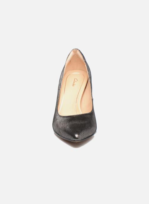 Zapatos de tacón Clarks Dinah Keer Plateado vista del modelo