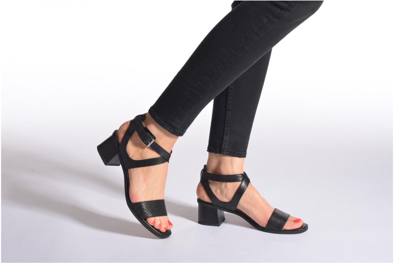 Sandales et nu-pieds Clarks Ivangelie Ray Blanc vue bas / vue portée sac