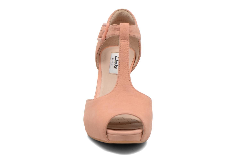 Escarpins Clarks Kendra Flower Rose vue portées chaussures