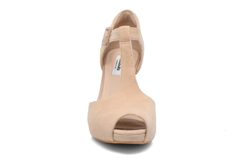 Escarpins Clarks Kendra Flower Beige vue portées chaussures