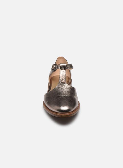 Ballerines Clarks Taylor Palm Argent vue portées chaussures
