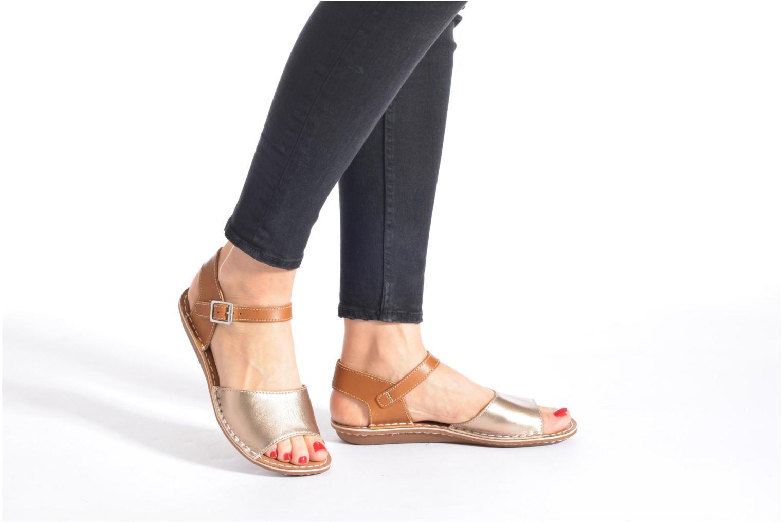 Sandales et nu-pieds Clarks Tustin Sinitta Or et bronze vue bas / vue portée sac