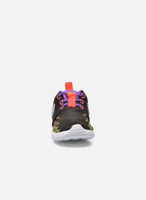 Deportivas Nike Roshe One Print (Tdv) Negro vista del modelo