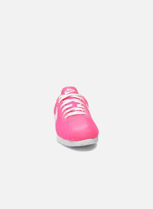Deportivas Nike Cortez Nylon (Gs) Rosa vista del modelo
