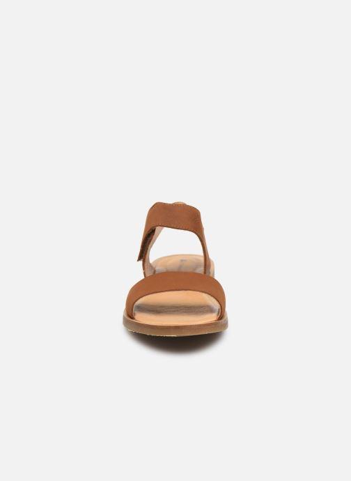 Sandali e scarpe aperte El Naturalista Tulip NF30 Marrone modello indossato