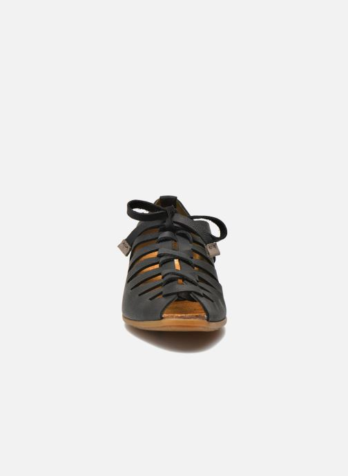 Lace-up shoes El Naturalista Stella ND52 Black model view