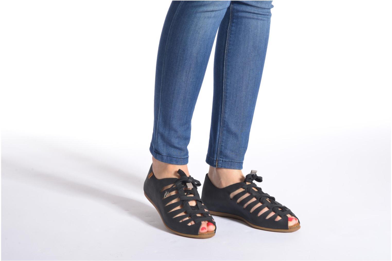 Chaussures à lacets El Naturalista Stella ND52 Noir vue bas / vue portée sac