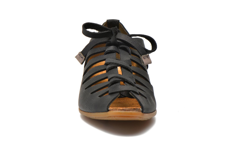 Chaussures à lacets El Naturalista Stella ND52 Noir vue portées chaussures