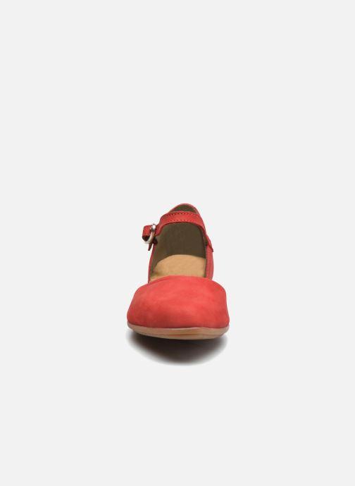 Bailarinas El Naturalista Stella ND54 Rojo vista del modelo
