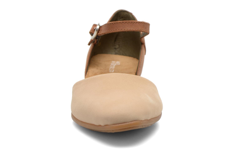 Ballerines El Naturalista Stella ND54 Beige vue portées chaussures