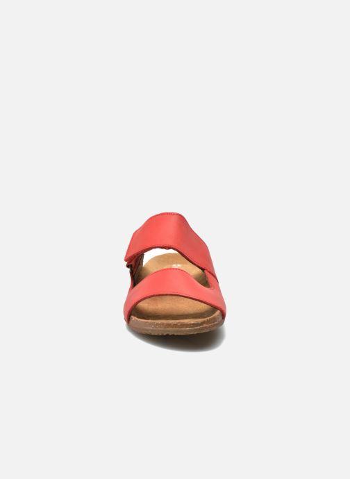 Mules et sabots El Naturalista Wakataua ND75 Rouge vue portées chaussures