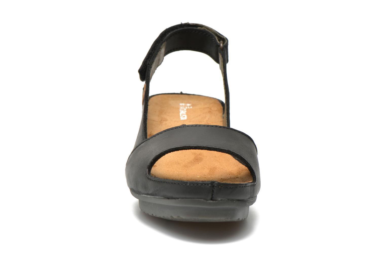 Sandales et nu-pieds El Naturalista Code ND25 Noir vue portées chaussures