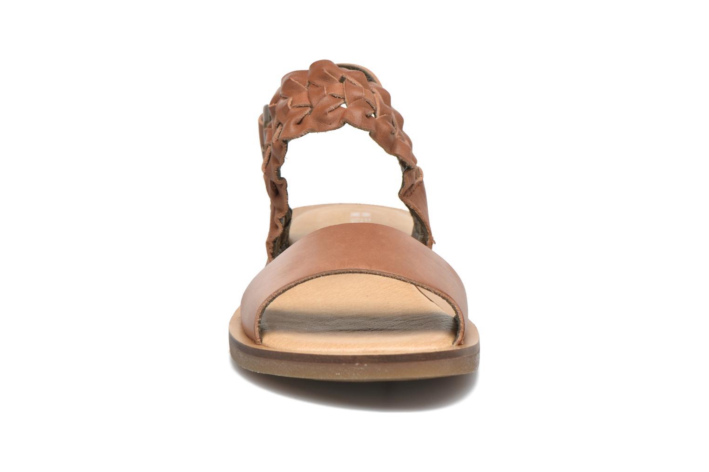 Sandales et nu-pieds El Naturalista Tulip NF31 Marron vue portées chaussures