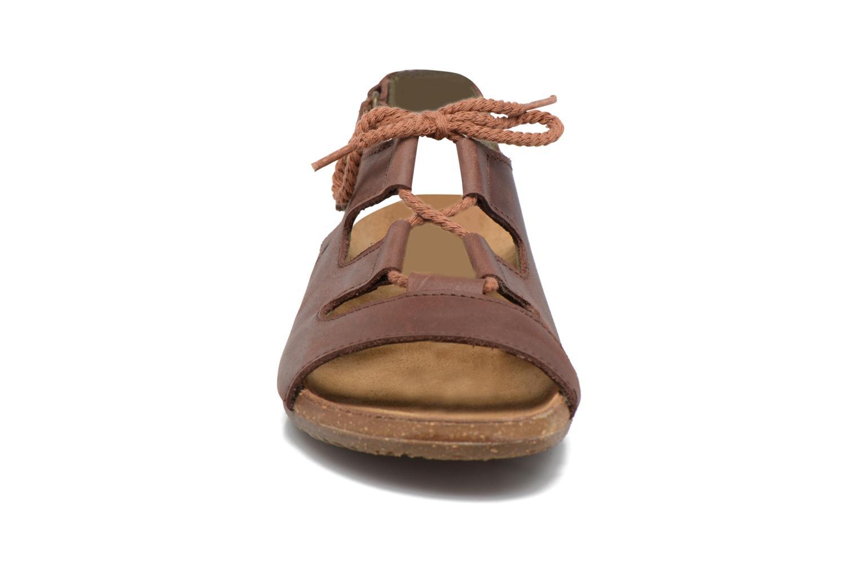 Sandals El Naturalista Wakataua ND73 Brown model view