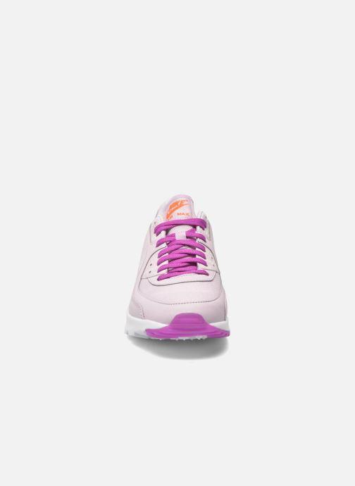 Baskets Nike W Air Max 90 Ultra Essential Violet vue portées chaussures